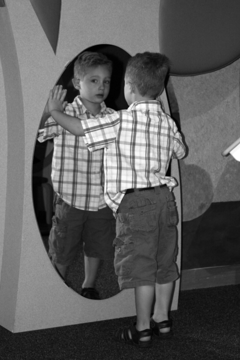 Isaac mirror4 bw